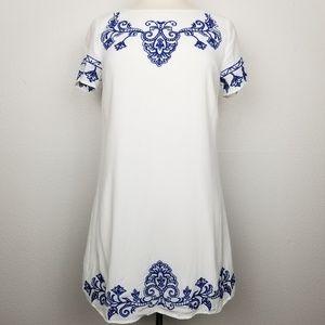 LuLu's | embroidered | short sleeve |